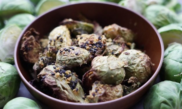 Easy No Oil Roasted Brussel Sprouts
